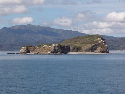 Isla Guayabo e Islas Negritos